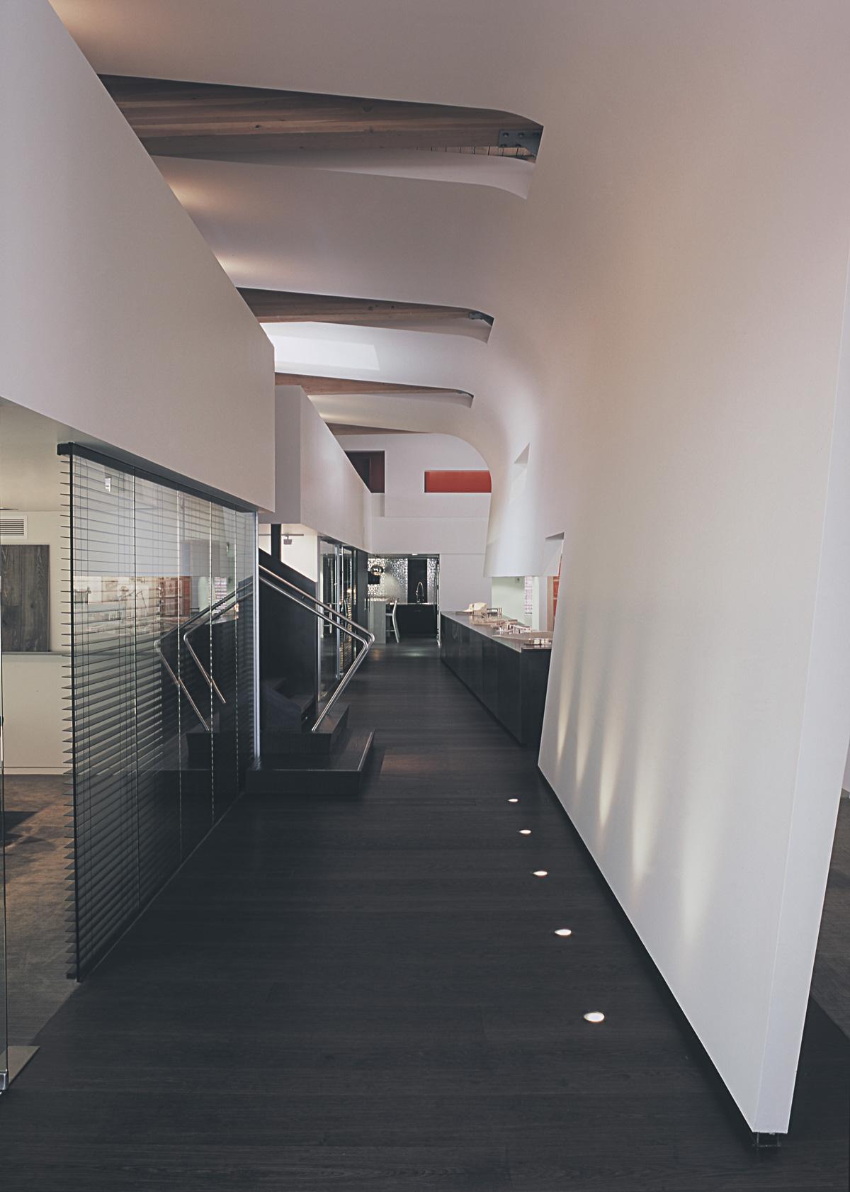 SkB studious interior hallway